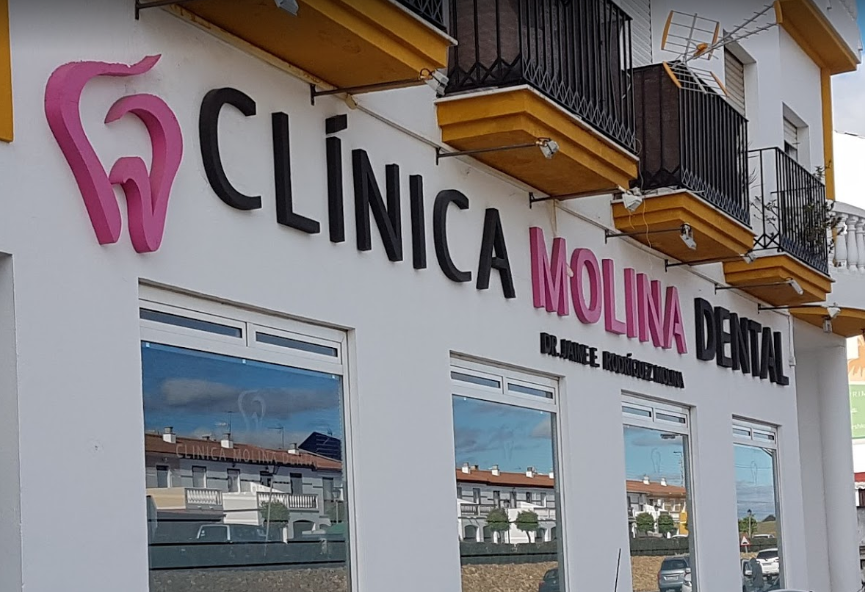 clinica dental en lepe